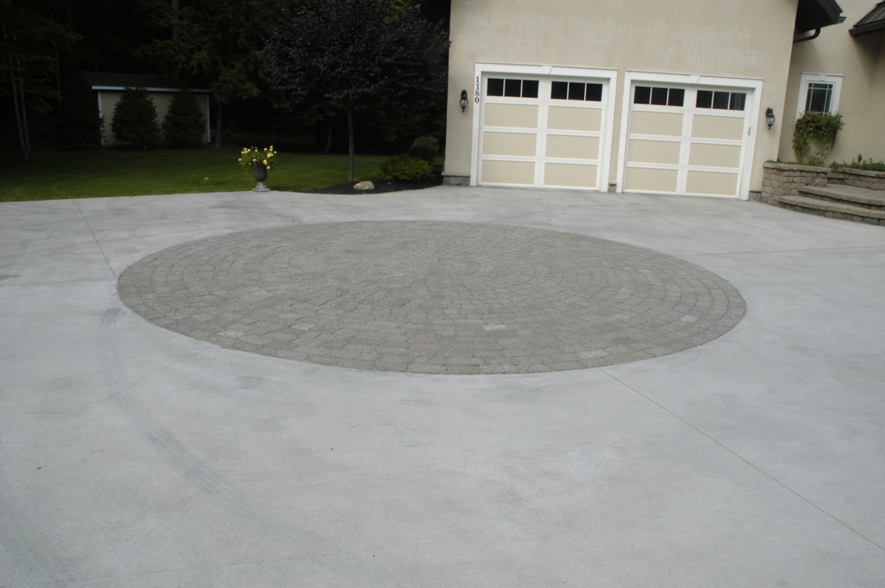 Concrete Paver Driveway 2.JPG
