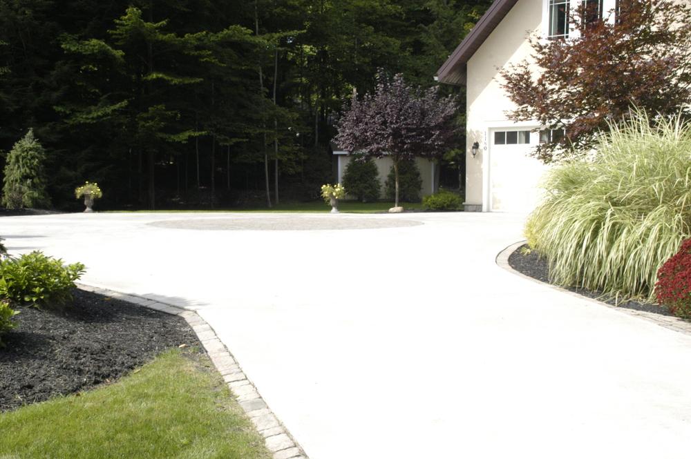 Concrete driveway3.JPG