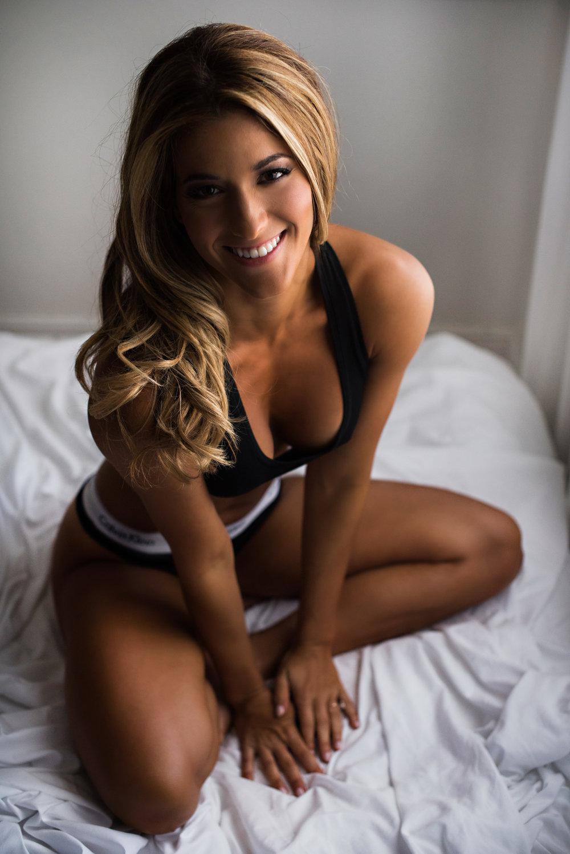 Jennifer Boudoir 58.jpg