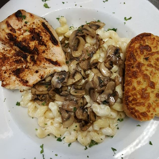 Today's Feature: Pasta w/Alfredo Sauce & Sauteed Mushrooms, Cajun Chicken and Garlic Toast $13.99