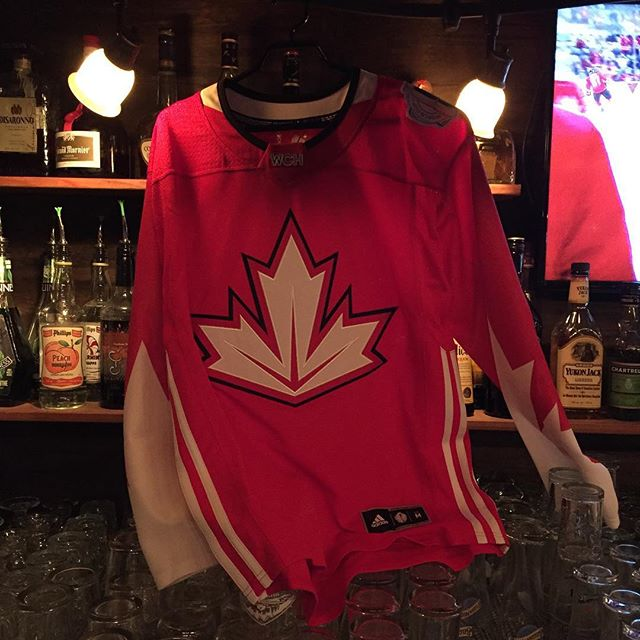 We're giving away this jersey sometime during the WCH game tonight! Canada v Europe starts in 30mins! Be here for a chance to win! #duggansboundary #giveaway #wch2016