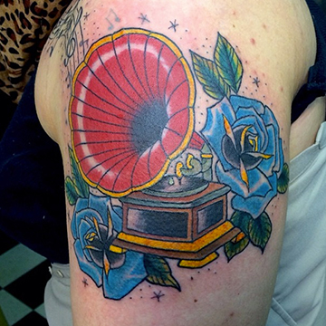 033_AP_TATTOO.jpg