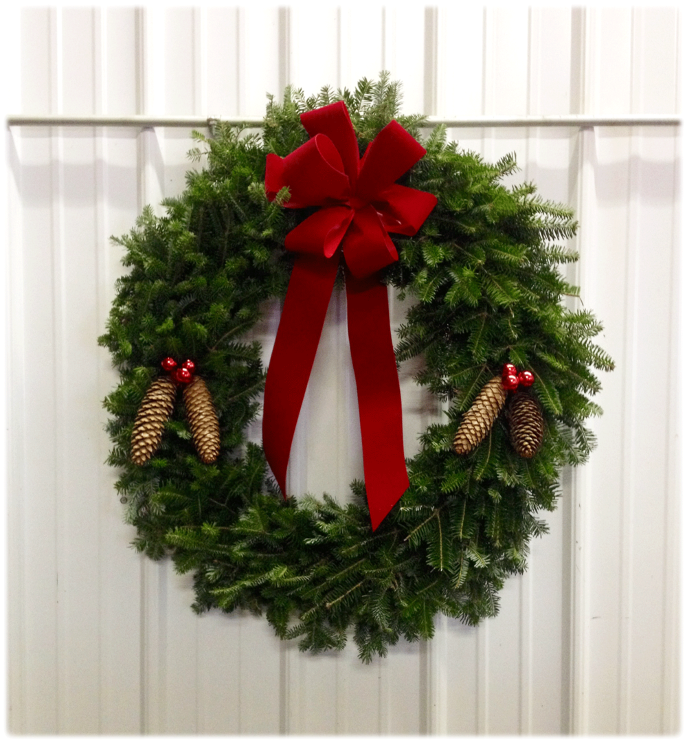 Traditional-Wreath-with-Pinecones-v2.png