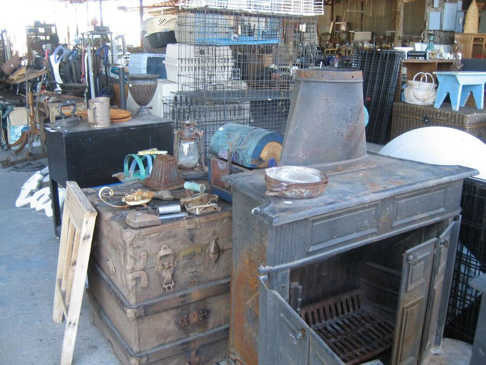 Ronny G S Pottery Amp More Pottery Amp Resale Store Tucson