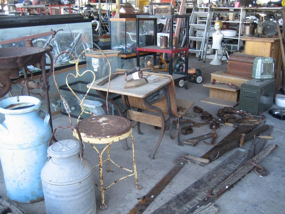 Ronny G 39 S Pottery More Pottery Resale Store Tucson