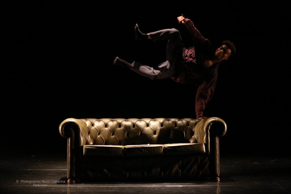 Uppercut Dancetheatre,