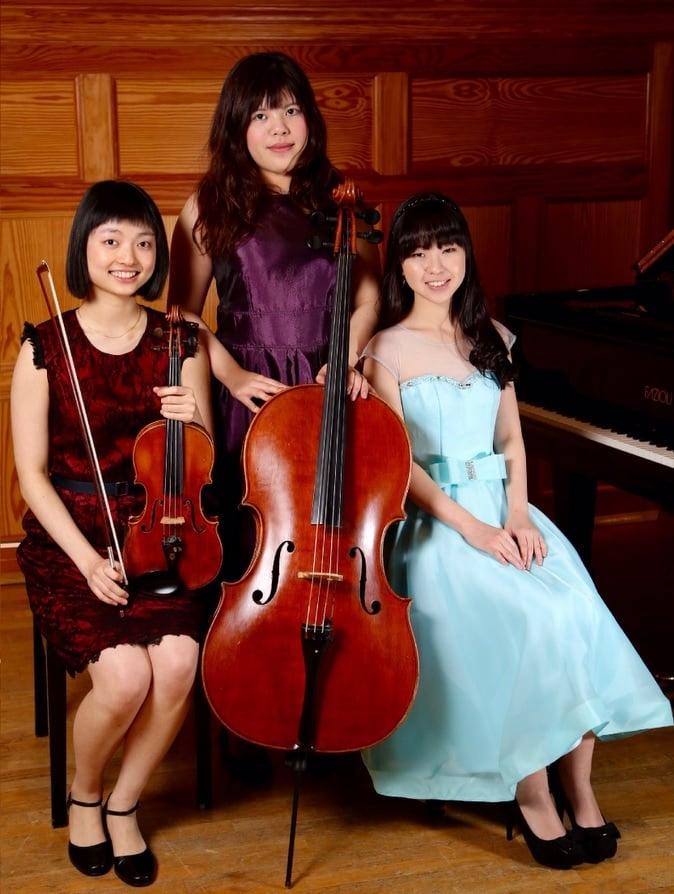 Mellanie Trio