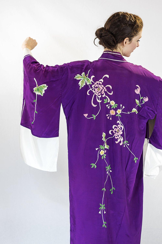 vivien conacher (mezzo-soprano) wears item 184: kimono