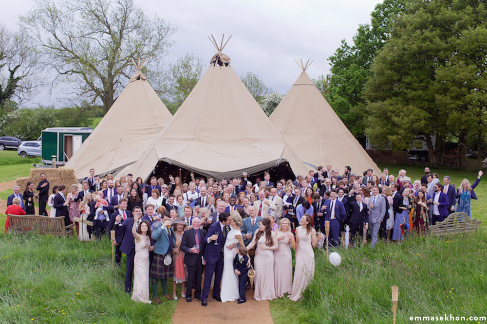 wedding_party_tipi.jpg