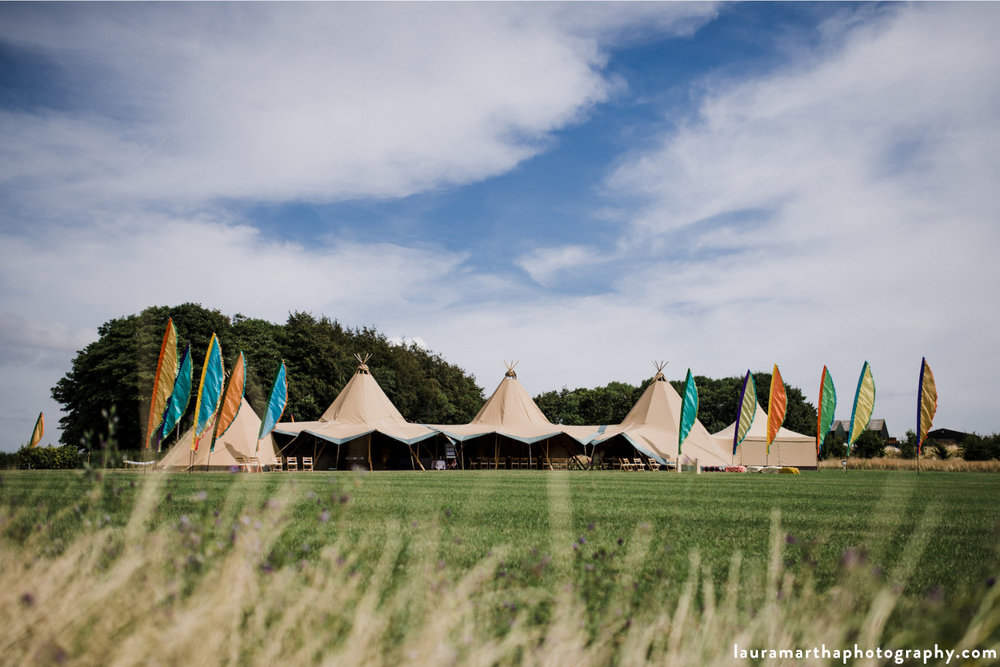 Gloucestershire_wedding_Buffalo.jpg