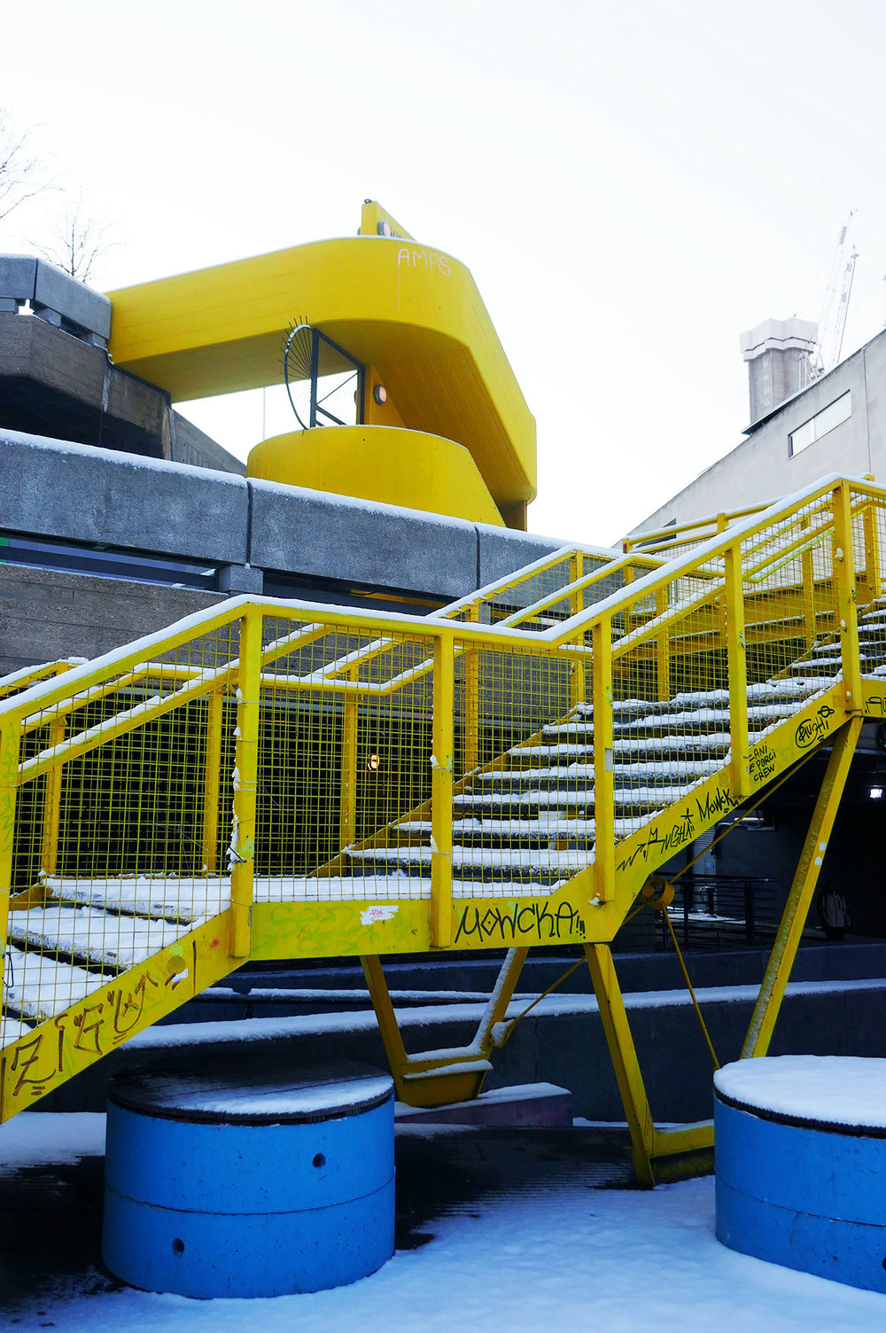 Hooray_snow_stairs_yellow.jpg