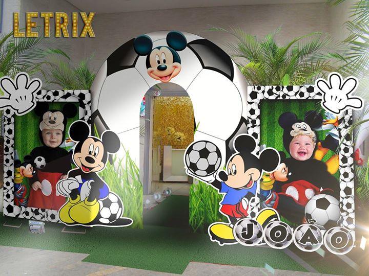 Mickey Futebol