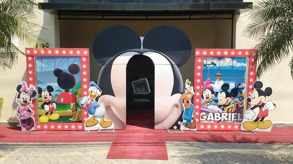 Prime Mickey e Minnie.jpg