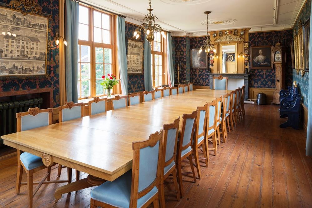 Regentenkamer tafel.jpg