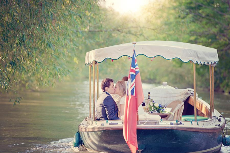Our beautiful river boats are available to further enhance your wedding reception