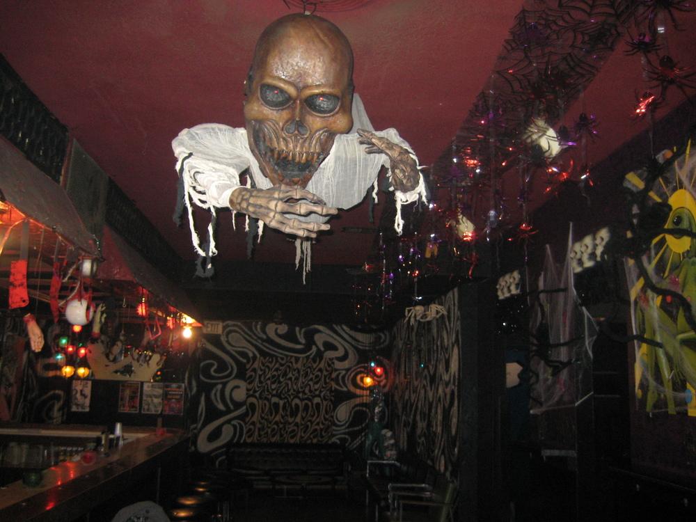 halloween retro dance party costume contest