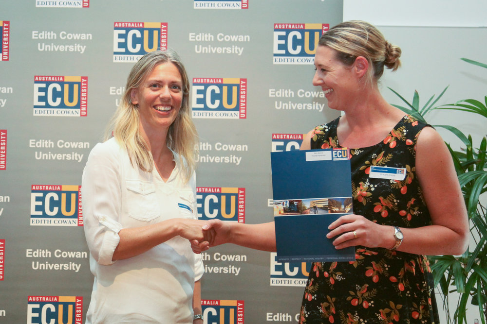 Astrid Plumb-Parlevliet being presented with the Delta Psychology Prize by Dr Kate Cruise at the recent ECU Awards Night.
