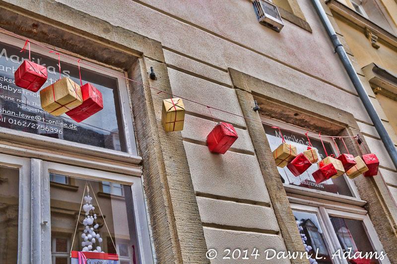Dus - Christmas-3.JPG