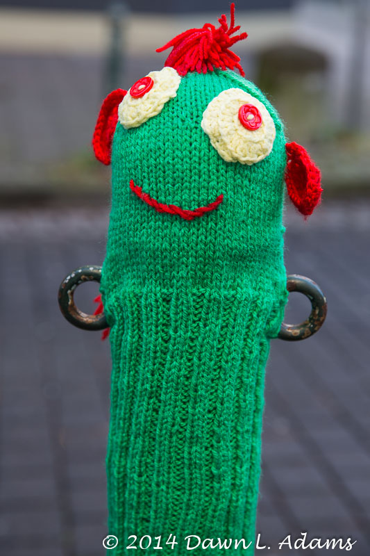 Knit Bombing-14.JPG