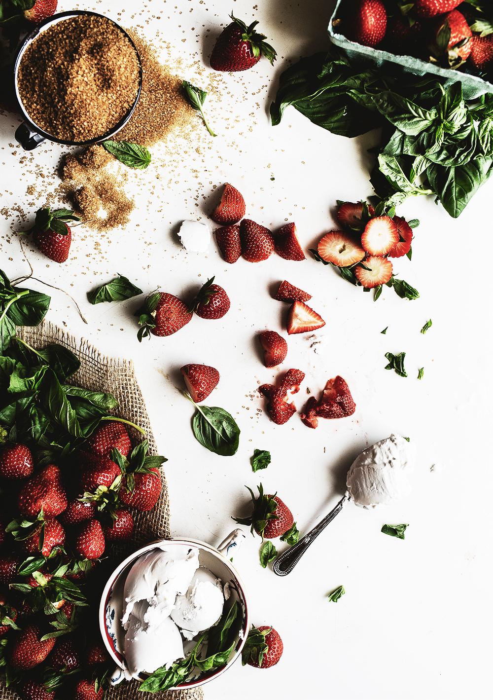 strawberry ice cream ingredients