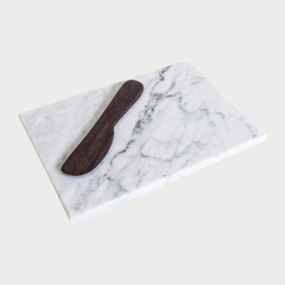 KATY_SKELTON_MARBLE_CHEESE_PLATE4.jpg
