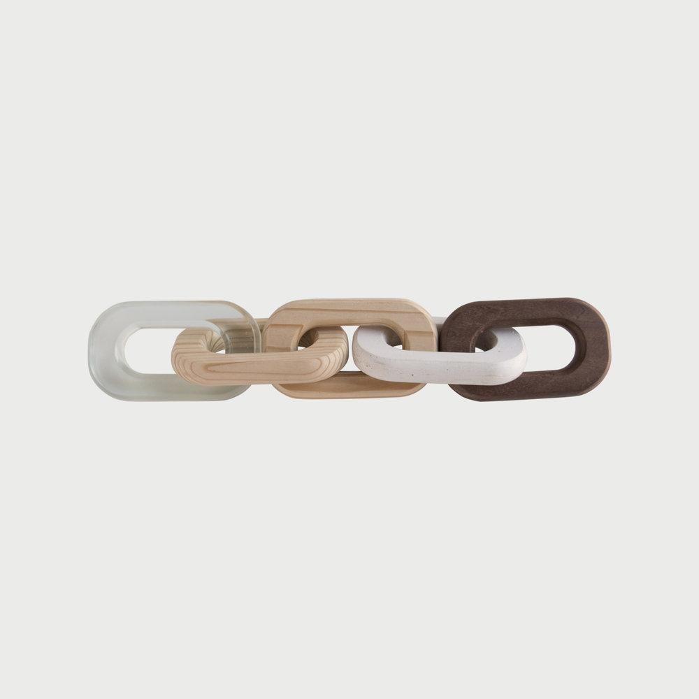 Links Walnut / Fir / Concrete / Resin