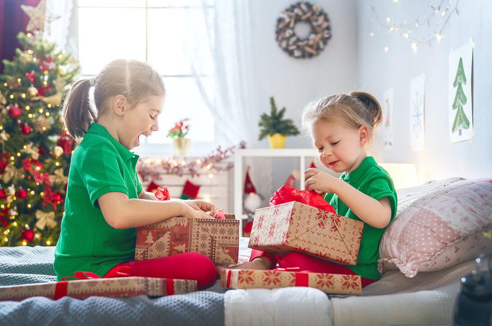 opening gifts.jpg