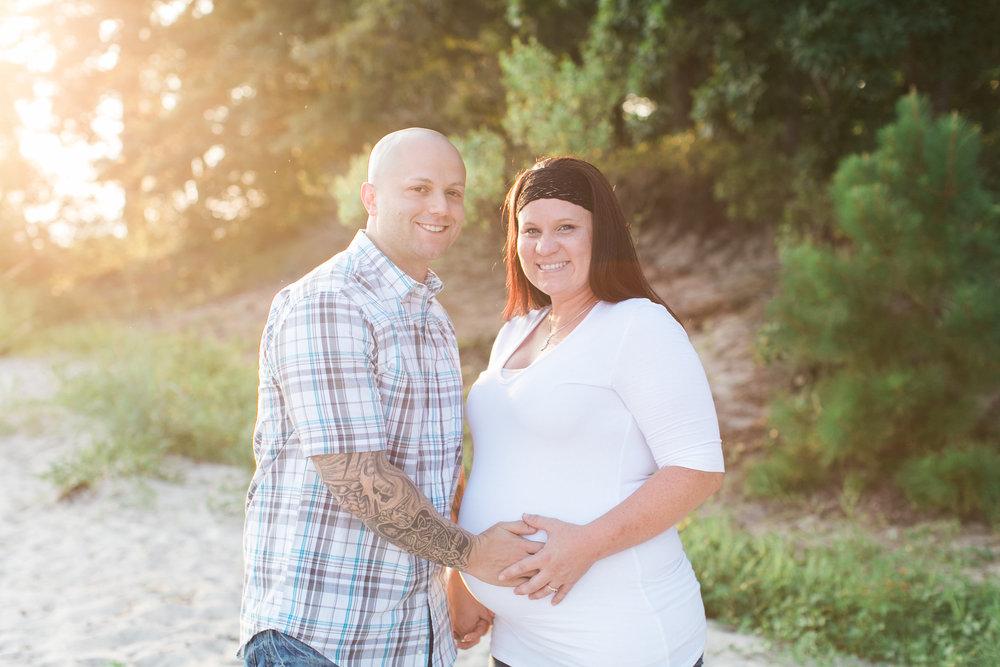 Stephanie&Travis-Maternity(24of147).jpg