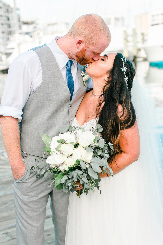 Samantha&Cody-Bride&GroomPortraits-24.jpg