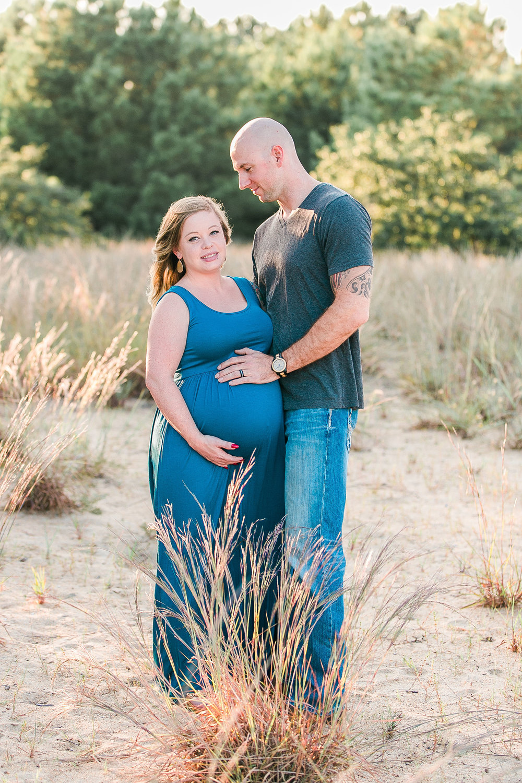 Casey&Adam_Maternity-18.jpg