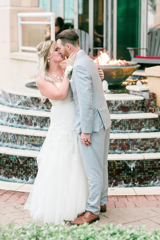 Lauren&Ryan_Bride&GroomPortraits-170.jpg
