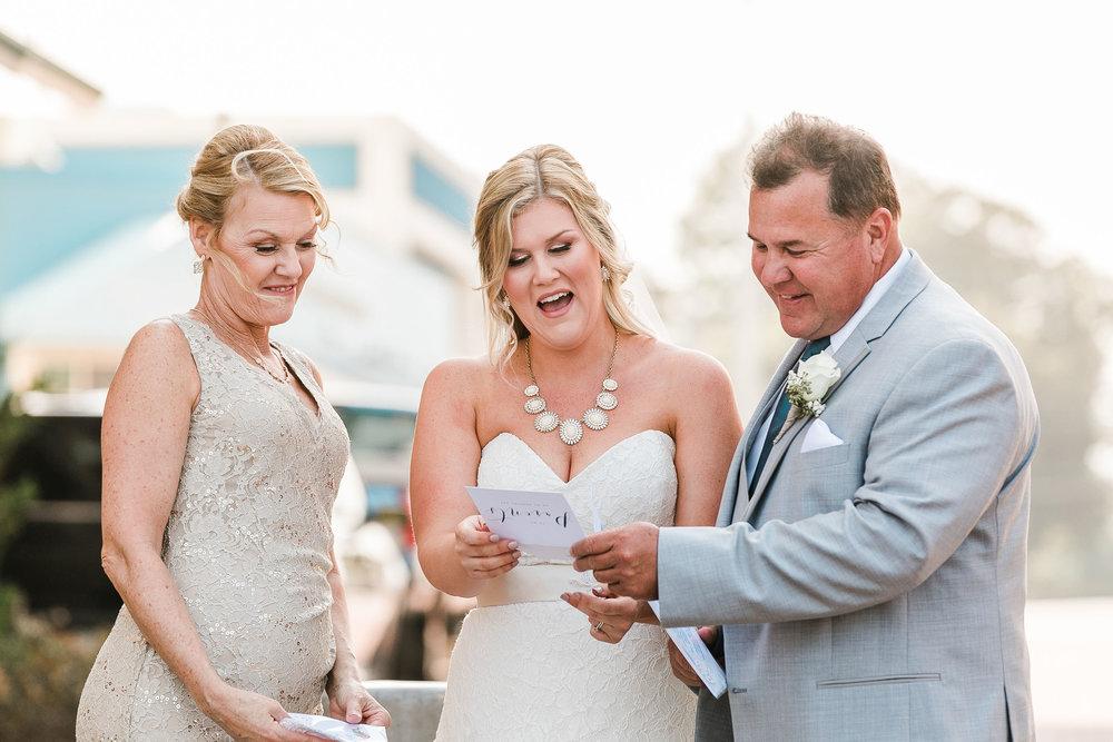 Lauren&Ryan_FirstLook(Dad)-FirstTouch(Groom)-28.jpg