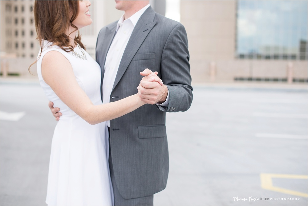 There's never a better time to practice your first dance than on a rooftop, I'm so glad they did!