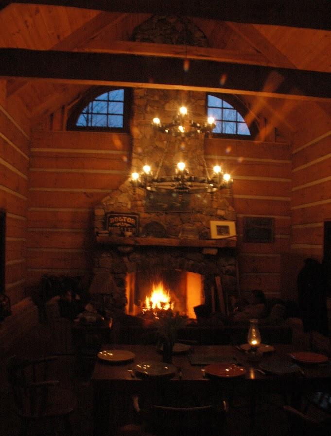 4-cabin-fireplace-paltes.JPG