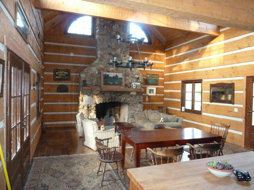 2-cabin inside.JPG