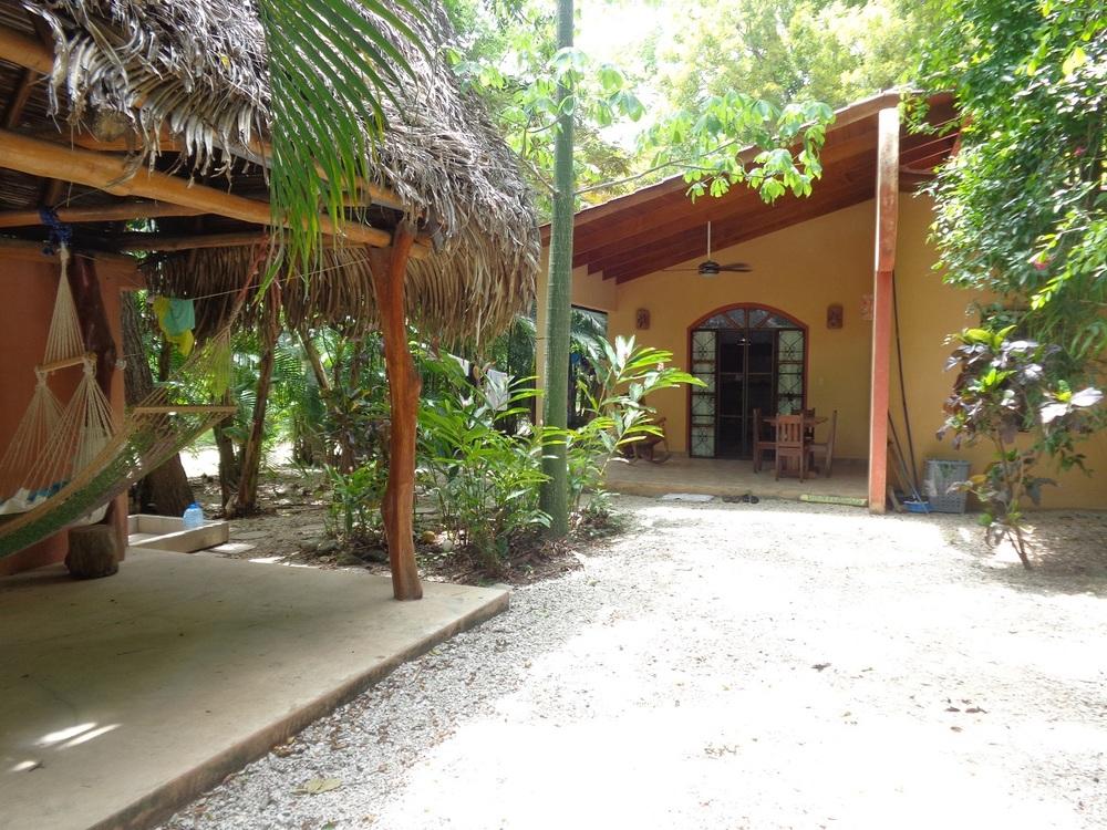 0.09 acres | 365 sqm | 2 Bedroom | 1 Bathroom | Walk to the beach