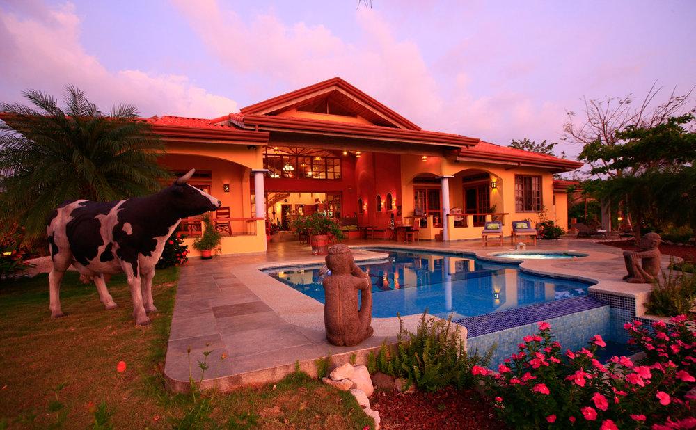1.75 acres | 7115 sqm | 4 Bedroom | 3 Bathroom | Ocean View