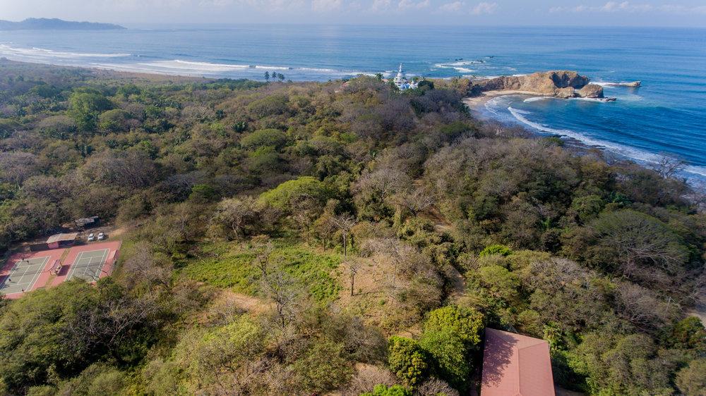 0.86 acres |3,500 sqm | Walk to beach | Ocean view
