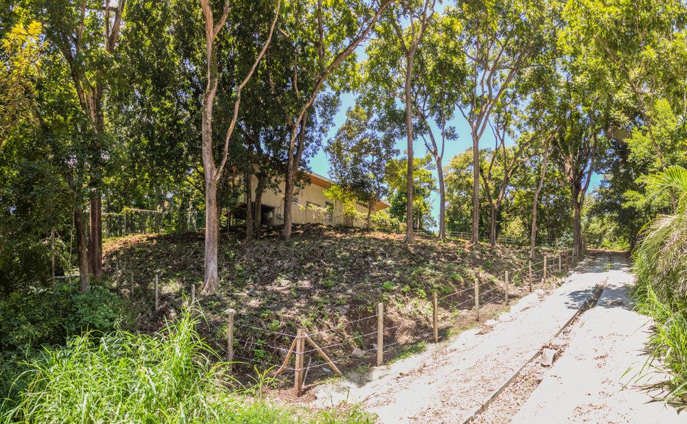 0.12 acres | 501 sq m. | Walk to the beach | Exclusive neighboorhood