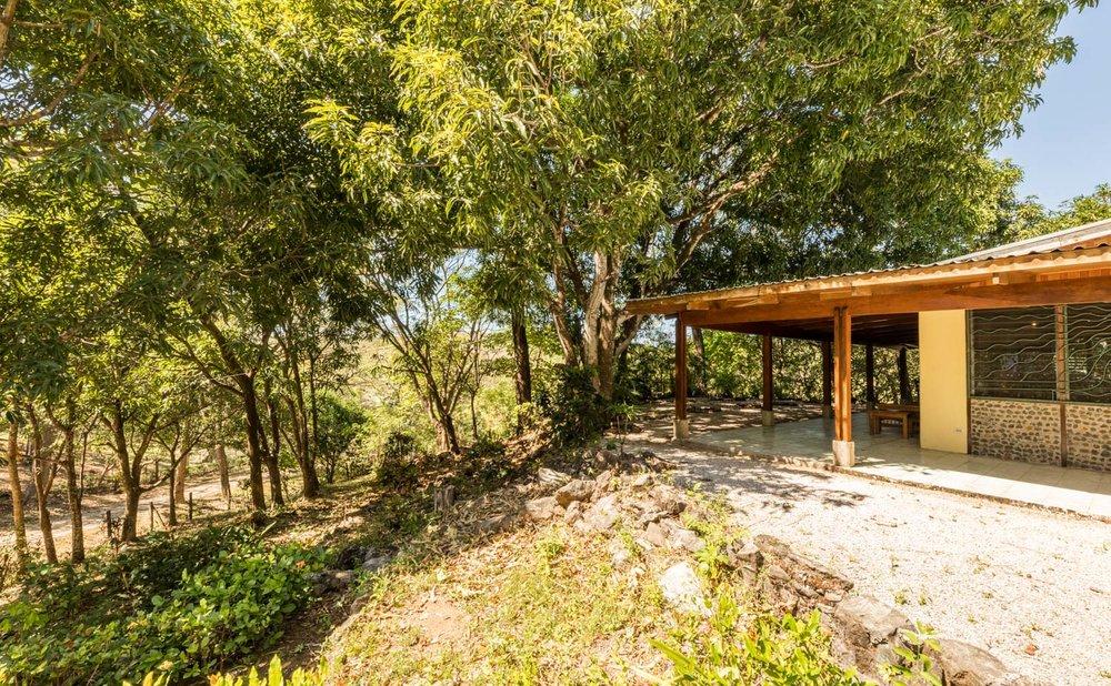 0.47 acres | 1915 sqm | 2 Bedroom | 2 Bathroom | Custom Woodwork