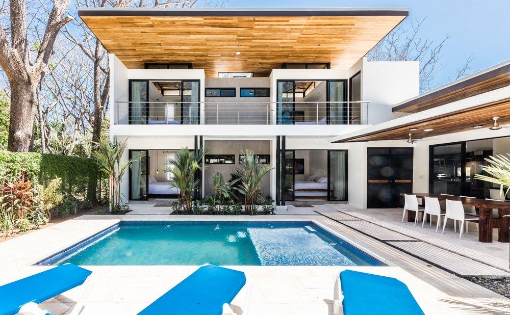 Saltwater Pools | Walk to Beach | Modern Design