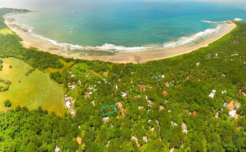 0.32 acres | 1,293 sq m. | Walk to surf | Natural Privacy Buffer