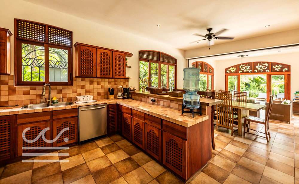 Endless-Summer-Wanderlust-Realty-Real-Estate-Rentals-Nosara-Costa-Rica-15.jpg