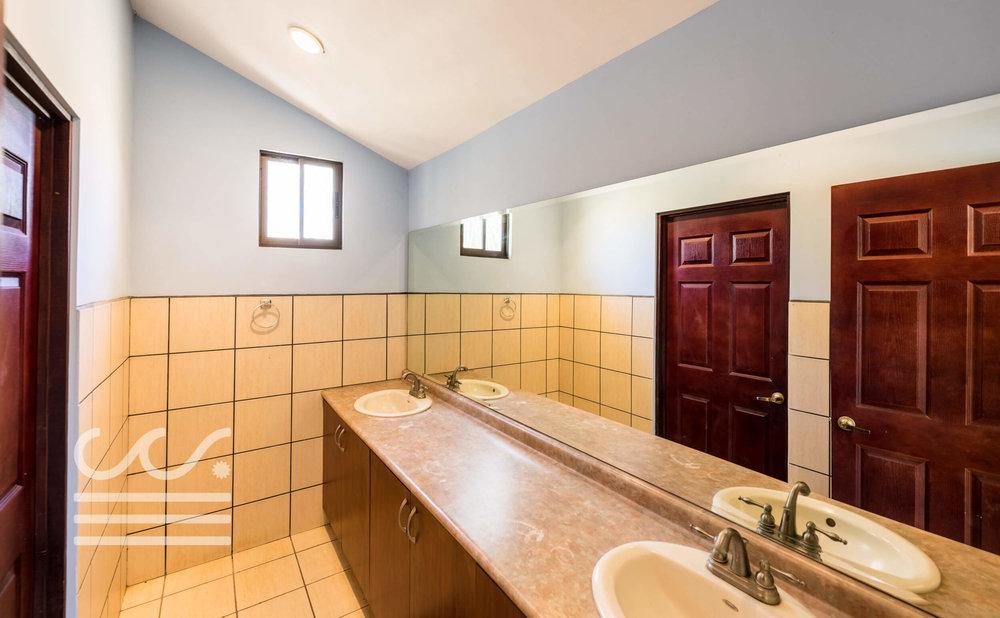 Villa-Pelada-Wanderlust-Realty-Real-Estate-Nosara-Costa-Rica-16compressed.jpg