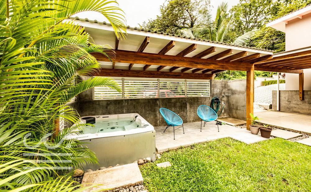 4U-Hostel-Wanderlust-Realty-Real-Estate-Rentals-Nosara-Costa-Rica-10.jpg