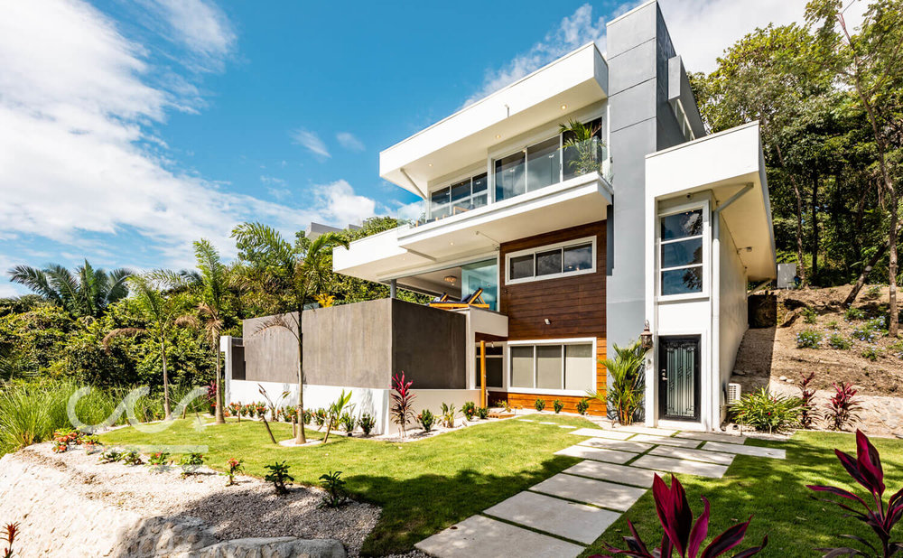 Casa-La-Jolla-Wanderlust-Realty-Real-Estate-Rentals-Nosara-Costa-Rica-1.jpg