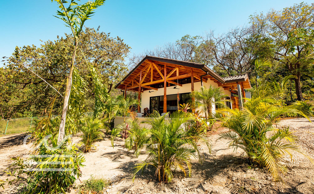 Casa-de-Ease-Wanderlust-Realty-Real-Estate-Rentals-Nosara-Costa-Rica-3-compressed.jpg