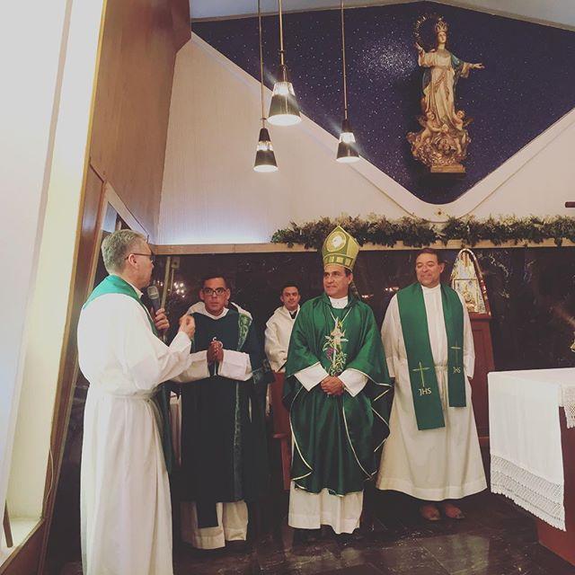 El día de hoy nos acompañó su excelencia el señor Obispo de la Diócesis de la Tarahumara. Don Juan Manuel González Sandoval.