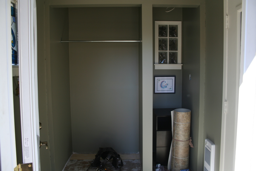 Before pic entry way renovation saskatoon, custom closet and storage