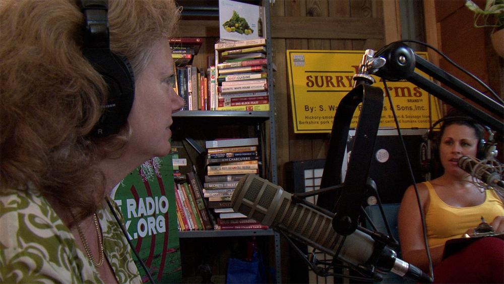 Sarah Teale on Heritage Radio with Erin Fairbanks